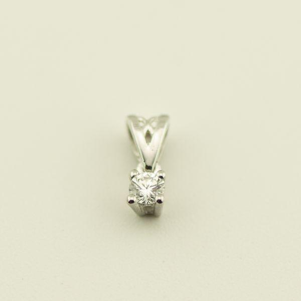 Pandantiv de aur alb 18k, 0,36 grame, diamant ~ 0,08 ct