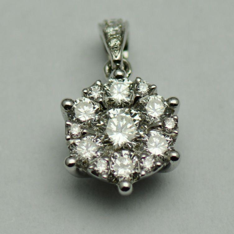 Pandantiv de aur alb, cu diamante