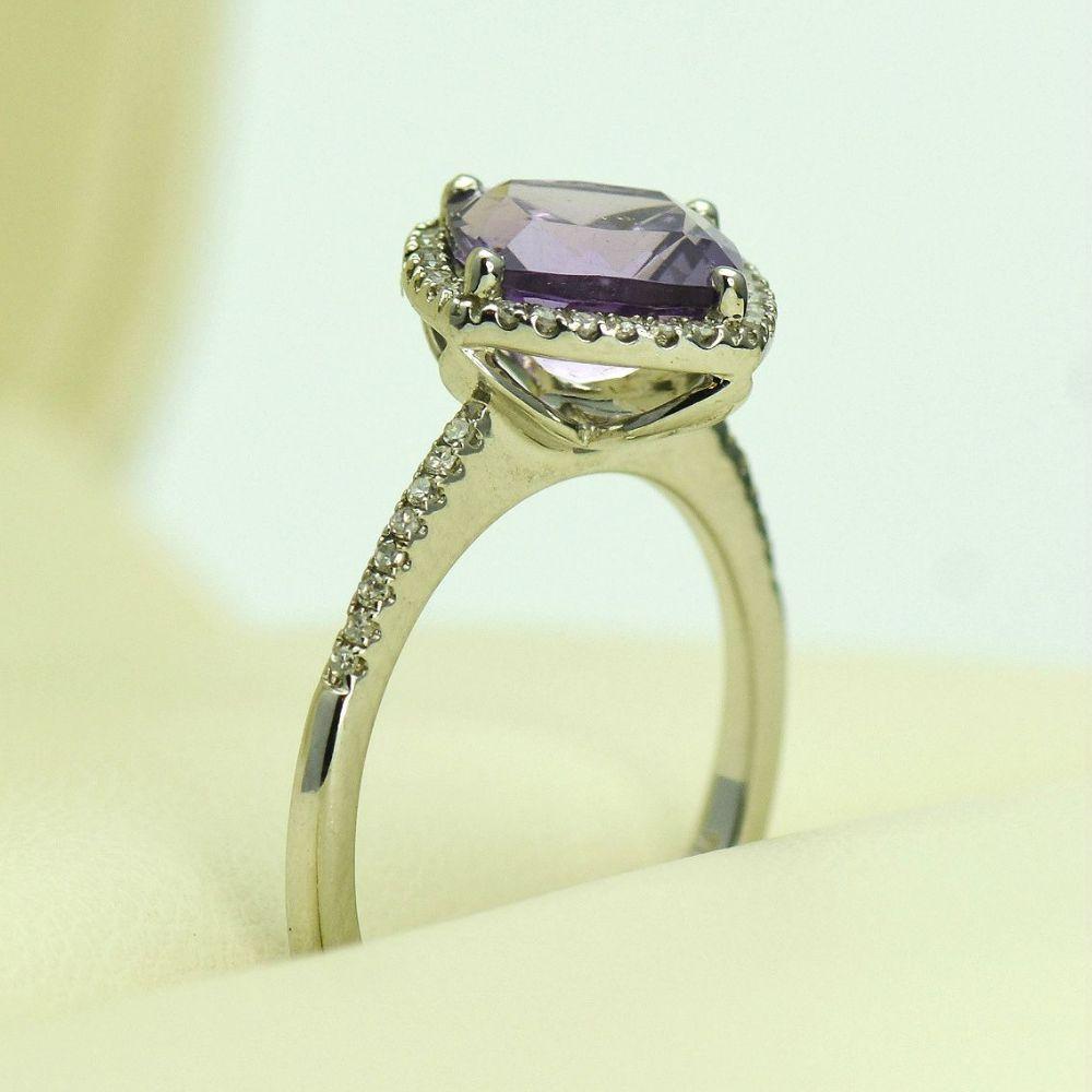 Inel de aur alb 14k cu ametist si diamante