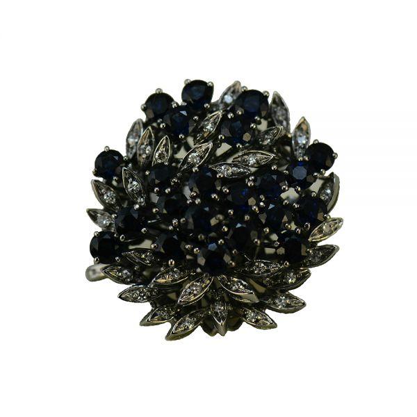 Brosa de aur alb cu safire si diamante rotunde