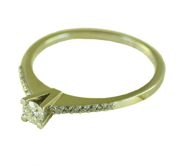 Inel de logodna cu diamante, aur alb