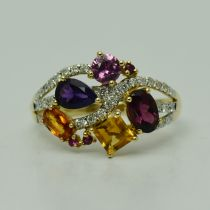 Inel din aur galben 14k cu diamante si mix de pietre
